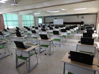 本館 教室